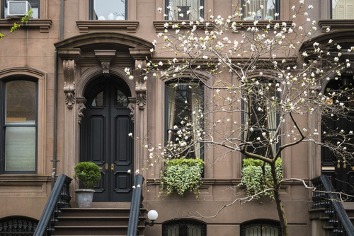Guide-to-Buying-Townhouse-in-NYC